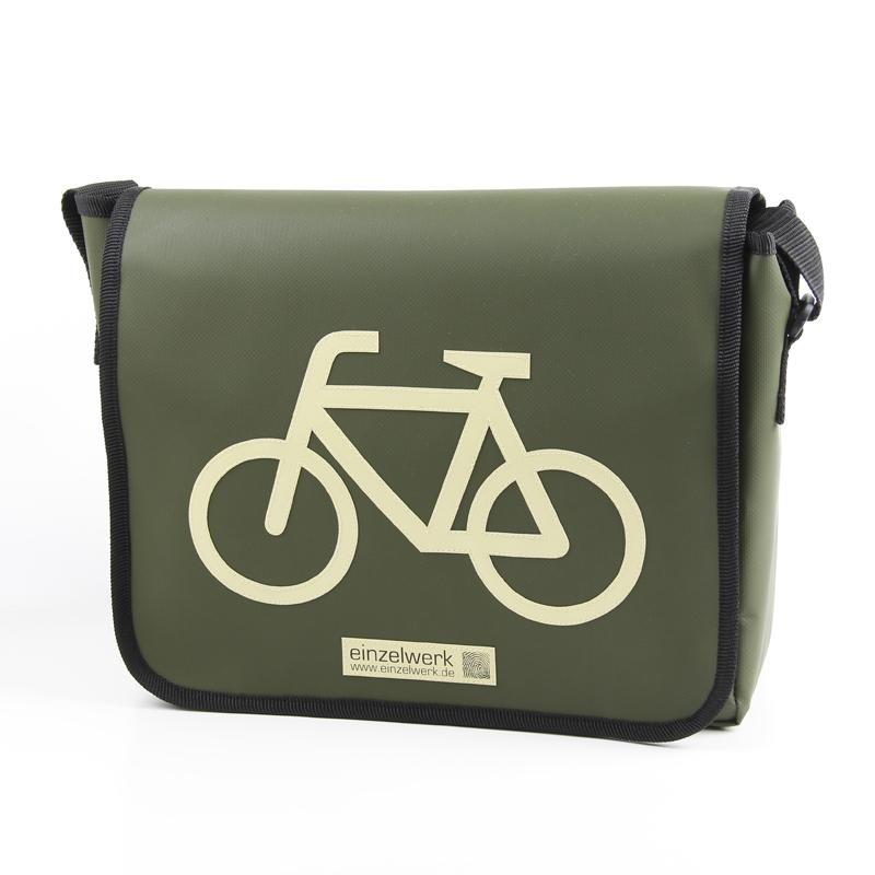 tasche aus lkw plane mit motiv fahrrad tasche. Black Bedroom Furniture Sets. Home Design Ideas